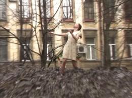 Vika Ilyushkina - Snowdrift