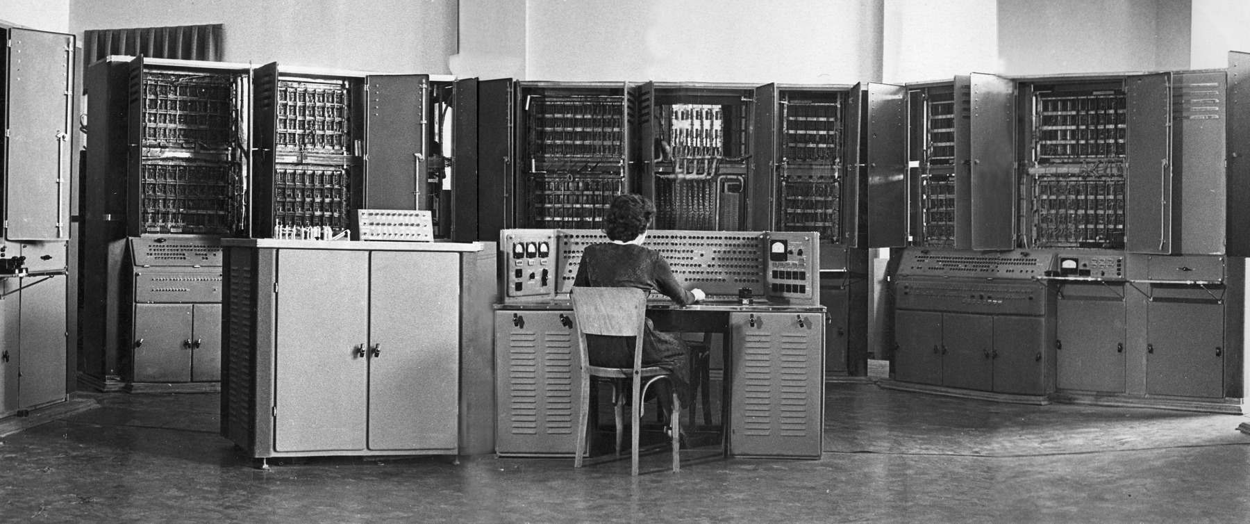 Small Electronic Computing Machine (MESM), laboratory of S.A. Lebedev, Kiev Institute of Electrotechnology. Early 1950s.