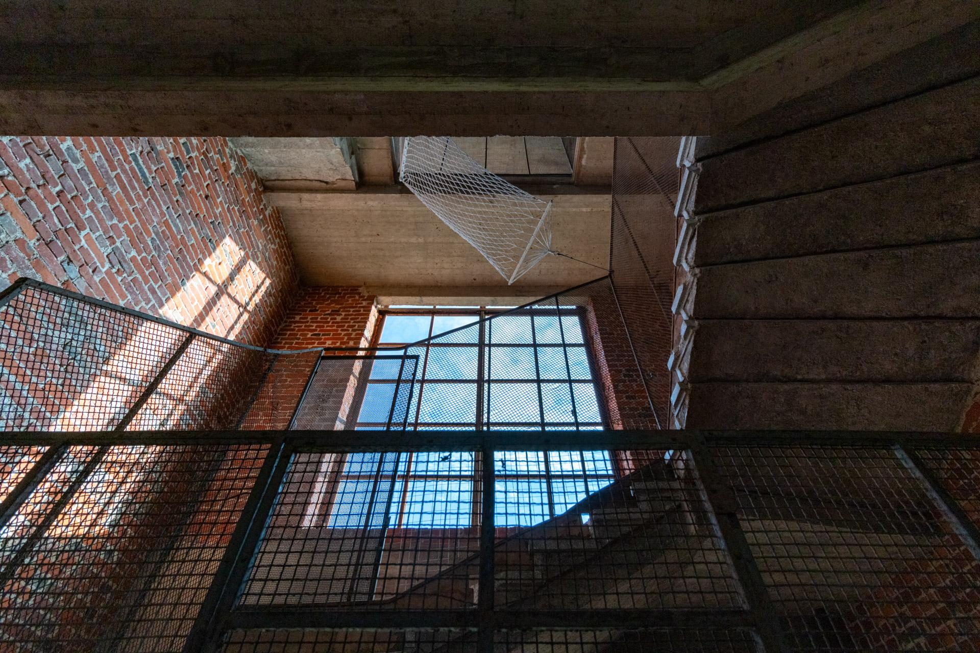 На седьмом небе, сайт-специфик-инсталляция — Елена Губанова, Иван Говорков, 2021